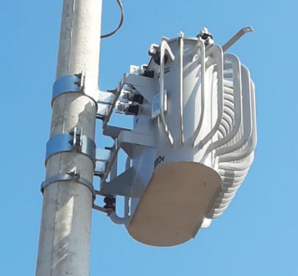 Transformador de poste de energia